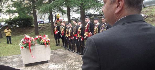 Organizacija boraca NOR-a 1941-1945. godina - Polaganje vijenaca palim mornarima u Škaljarima