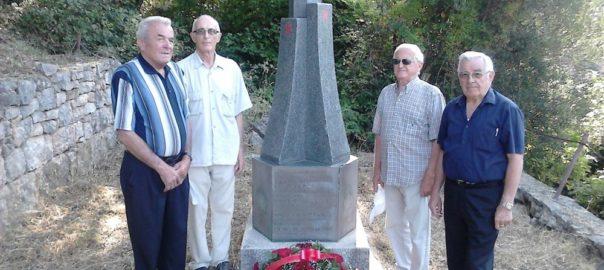 Polaganje vijenaca na spomenik u Mrčevcu, Tivat