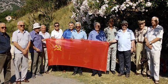 Posjeta spomen-obilježja na Carinama u Risnu